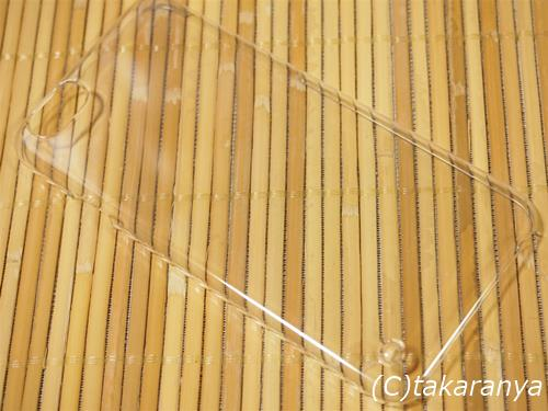 ごくごくシンプルで透明なiPhone6用ケース